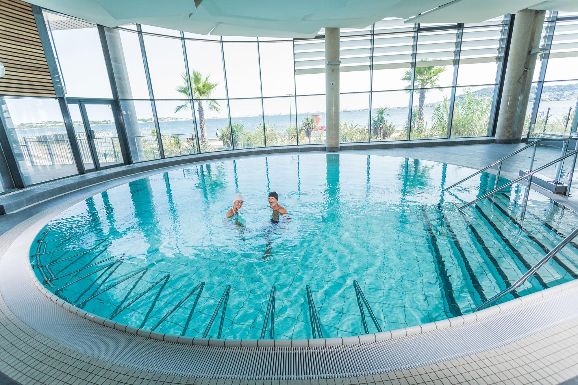 piscine_libre_couple